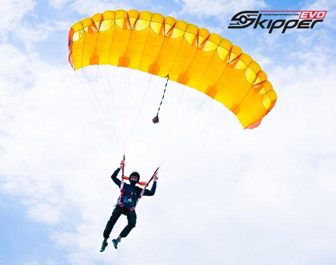 sk_evo_705x470-3 Canopies  Skylark
